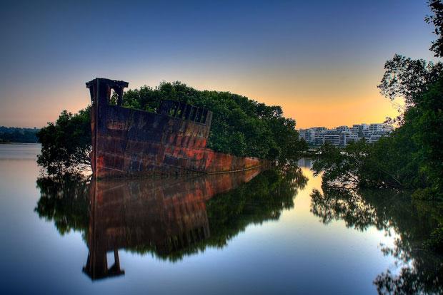 Ayrfield Shipwreck
