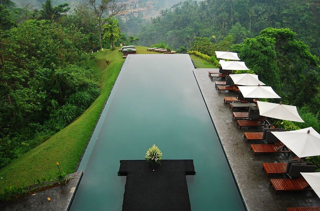 Amazing Swimming Pools Across the World [Part 1]