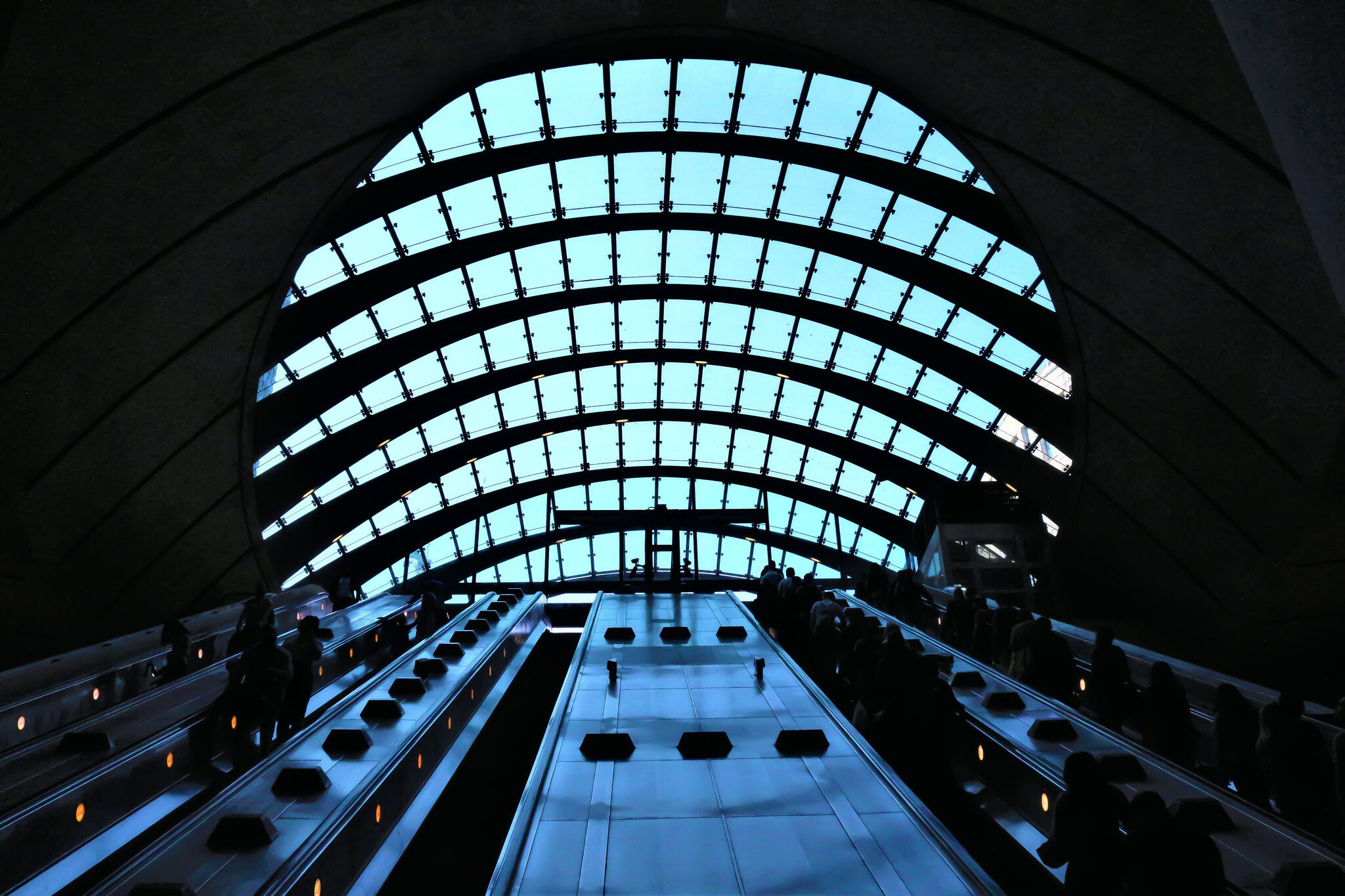 Canary Wharf Station, London, United Kingdom - The World's Most Beautiful Subway Stations