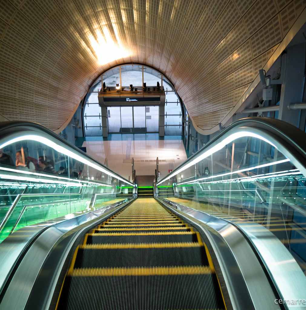 Dubai Metro Station - The World's Most Beautiful Subway Stations