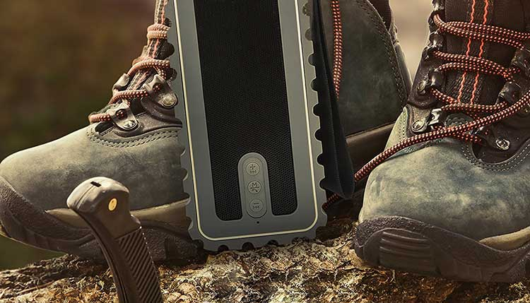Waterproof Portable Radio: 4 Best Ones Available Now