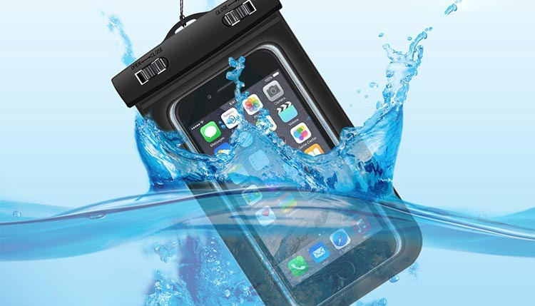 What's The Best Waterproof Phone Pouch