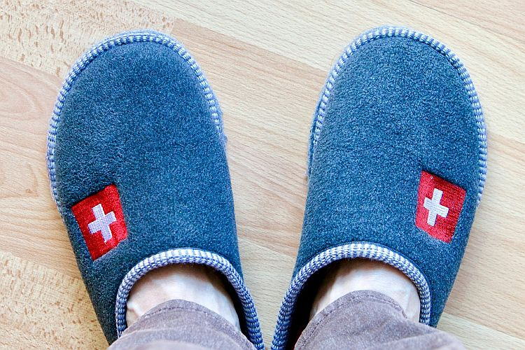 Stay cool: 4 best slippers for sweaty feet