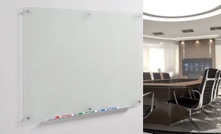 Best glass whiteboard: less prone to smudges, ink trails, and way more durable as a whole.