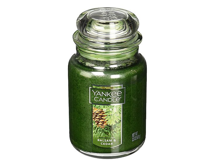 Balsam & Cedar is the most popular Yankee candle scent with a reason. I love it!!