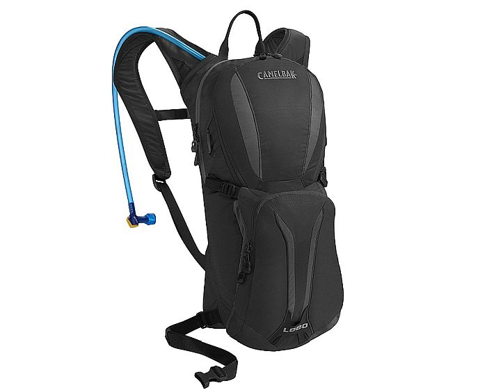 Camelbak Lobo: 3 liters and lightweight fabric for our winner in the best hydration pack for Spartan race category.
