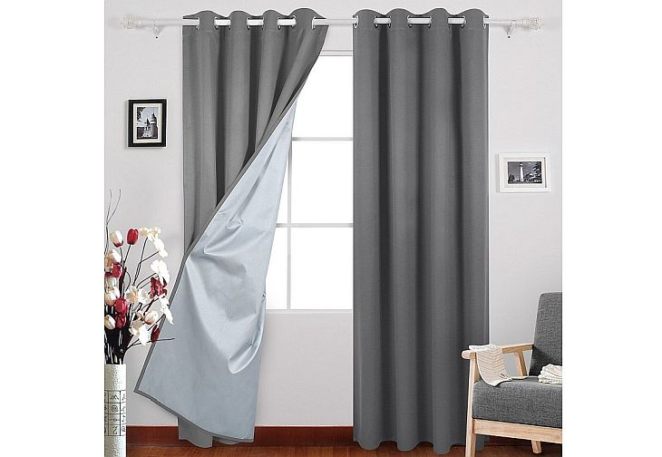 Deconovo have pretty good blackout curtains for nursery rooms on affordable prices