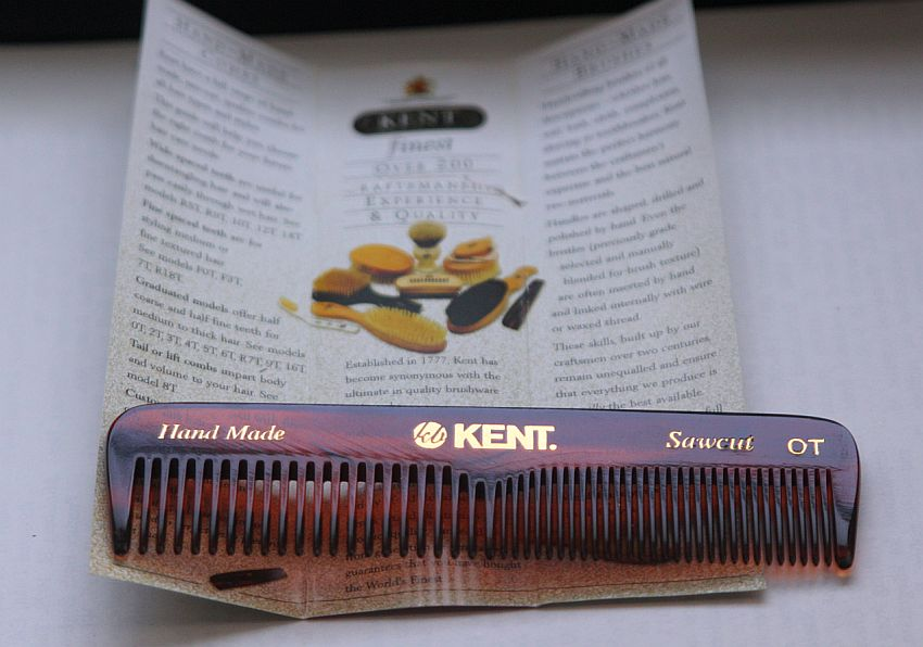 Here's Why Kent Combs Are the Best Thing For Your Hair