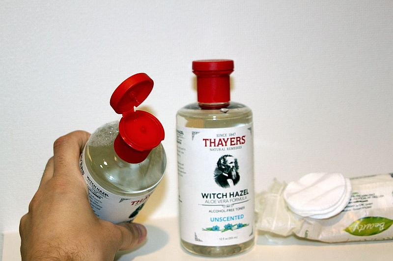 Easy to use: I sprinkle just a little bit of Thayers toner on my cotton pad. Works wonders!