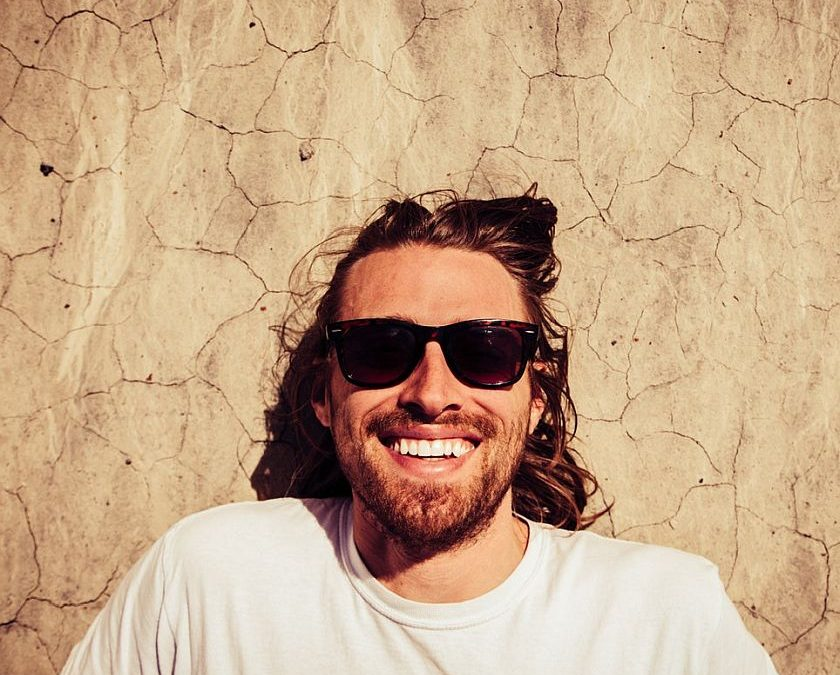 Best Sunglasses for Big Heads: A Short Guide To Help You