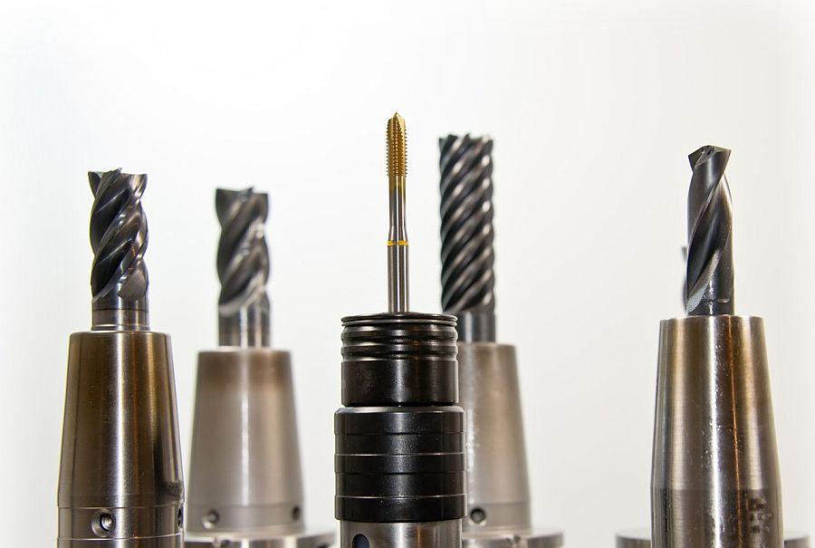 Kobalt vs DeWalt: My Personal Opinion on Their Tools