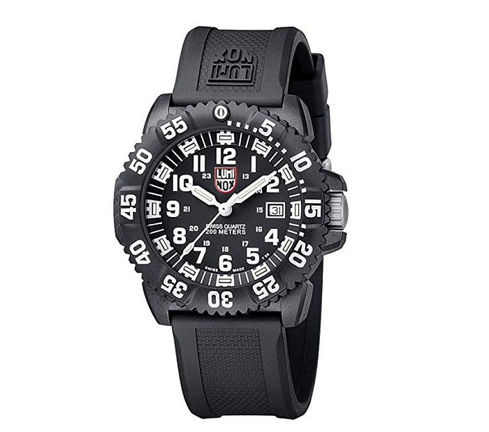 For EMT workers on night shifts, Luminox offers a stellar take on a great, awesome watch.