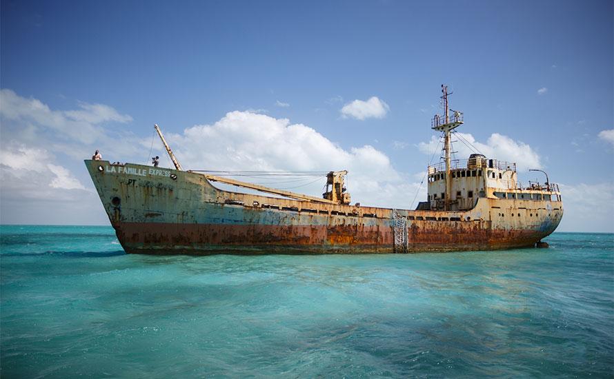 La Famille Express Shipwreck